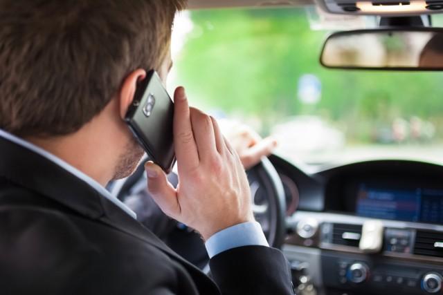 smartphone in auto